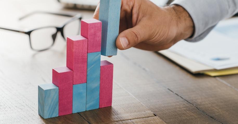 businessman-analyzing-statistics